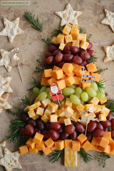 Easy Holiday Appetizer: Christmas Tree Cheese Board   homeiswheretheboatis.net #party