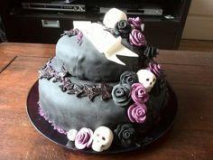 Black cake by Vera Dolstra