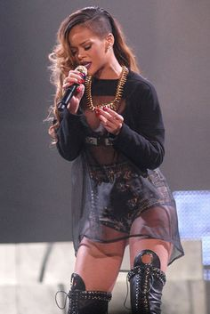 Sing Along: Rihanna took the stage in Detroit on Thursday night.