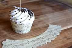 Music Paper Cupcake Wrappers, indy seller