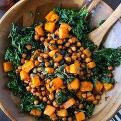 Spicy Kale and Chipotle Chickpea and Roasted Butternut Squash Salad - - Chipotle roasted chickpeas and butternut squash salad over a bed of massaged kale and topped with a handful of pumpkin seeds. Enjoy warm or cold. Whole Food Recipes, Vegan Recipes, Cooking Recipes, Fall Vegetarian Recipes, Cooked Kale Recipes, Kale Salad Recipes, Superfood Recipes, Clean Eating, Healthy Eating