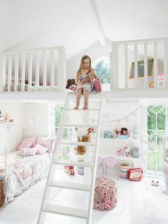 Zauberhaftes Kinderzimmer In Weiß