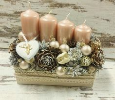 Diy Christmas Ornaments, Holiday Crafts, Advent Wreath, Diy Candles, Xmas Decorations, Winter Christmas, Diy And Crafts, Creations, Candle Making