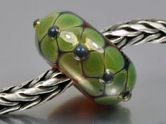 Green Flower Dots Lampwork Bead by Evelien by DutchBeadsNMore