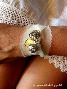 Tissue bracelets