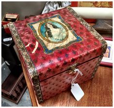 Antique Collar Box, with collars inside, $45.  Gaslamp Antiques Too, booth T-214.