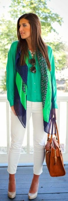 Giddy In Green - A Southern Drawl