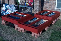 Multibeavo's World: Above Ground Gardens Made from Pallets