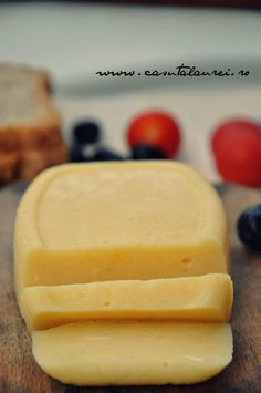 It is easy to prepare and soooooo tasty. Homemade Cheese, Homemade Butter, Dessert For Dinner, Dessert Drinks, Cream Cheese Flan, Condensed Milk Cake, Baby Food Recipes, Cooking Recipes, Good Food