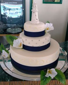 Lighthouse Cake For Wedding Add An Anchor On The Base Layer