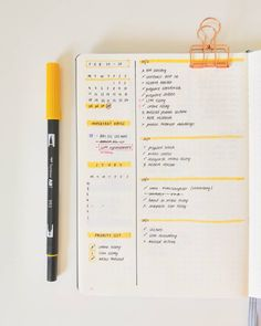 on Small weekly . Bullet Journal Weekly Layout, Bullet Journal Notebook, Bullet Journal Aesthetic, Bullet Journal School, Bullet Journal Themes, Bullet Journal Inspo, Bullet Journal Spread, Bullet Journals, Bullet Journal Calendrier