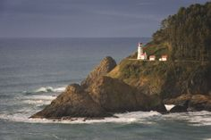 Heceta Head Lighthouse Sunset by Ray Green on 500px