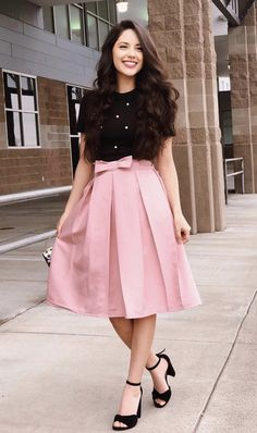 Black top and pink bow skirt. Black top and pink bow skirt. Stylish Dresses, Modest Dresses, Modest Outfits, Cute Dresses, Summer Outfits, Modest Clothing, Pink Dresses, Church Outfit Summer, Cute Church Outfits