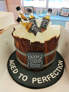 Ideas Birthday Cupcakes For Men Funny Guys 30th Birthday Cakes For Men, Easy Birthday Cake Recipes, Funny Birthday Cakes, Homemade Birthday Cakes, Funny Cake, Birthday Cupcakes, 25th Birthday Ideas For Him, Alcohol Birthday Cake, Alcohol Cake