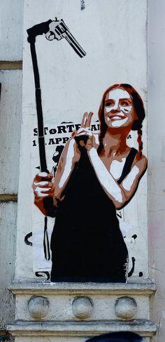 GunSelfie                                                       … #urbangraffitiart