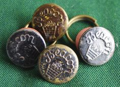 Vintage button. Wobble Shank Work Clothes Overall by ButtonBroker