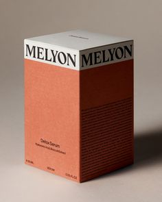 This carefully developed detoxing serum absorbs quickly and boosts the effect of the Melyon Day- or Night Cream. It visibly firms and plumps the skin, resulting in a smooth and evenly toned look. Cool Packaging, Tea Packaging, Brand Packaging, Packaging Design Inspiration, Graphic Design Inspiration, Custom Paper Bags, Typography Design, Logo Design, Skincare Packaging