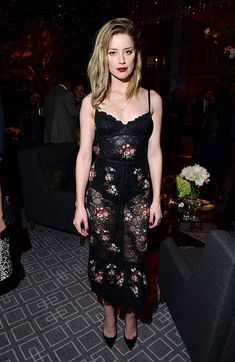Amber Heard & Carey Mulligan Have a Night Out at TIFF's HFPA & InStyle Party: Photo Amber Heard stops by The Hollywood Foreign Press Association and InStyle Party during 2018 Toronto International Film Festival held at the Four Seasons Hotel on… Fashion Fail, Star Fashion, Johnny Depp's Daughter, Amber Heard Style, Amber Head, Toronto Film Festival, Spring Summer Trends, Celebs, Celebrities