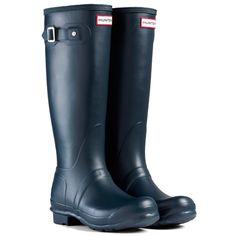 Hunter Original Tall Womens Wellies - Navy is available from Hunter. Womens Hunter Wellies, Navy Hunter Boots, Hunter Rain Boots, Hunter Shoes, Wellies Boots, Tall Boots, Shoe Boots, Hunter Wellington Boots
