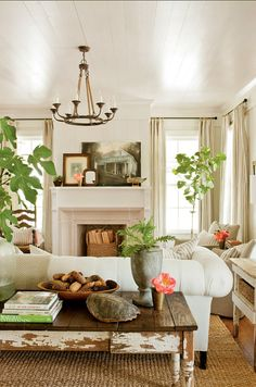 Decor Inspiration Farmhouse Renovation by Historical Concepts in Senoia, Georgia Cottage Living, My Living Room, Cottage Style, Home And Living, Living Room Decor, Country Living, Modern Living, Living Spaces, Small Living