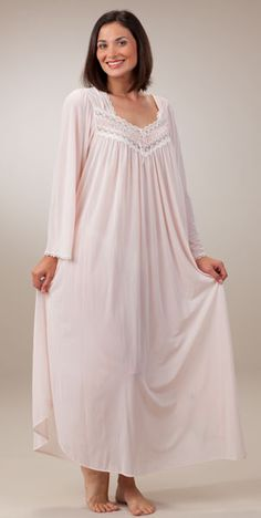 silk essence nightgown in pink Jolie Lingerie, Plus Size Lingerie, Women Lingerie, Designer Kurtis, Pretty Lingerie, Vintage Lingerie, Asian Bridesmaid Dresses, Night Gown Dress, Pajama Outfits