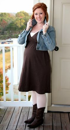 Maternity fashion: fun fall country outfit