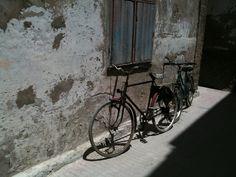 Bicycle love Essaouira Medina, Bicycles, Vehicles, Food, Cars, Meals, Bicycle, Vehicle, Yemek