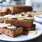 Getoast bananenbrood met ahornsiroop, Gezonde tussendoortjes, Glutenvrije tussendoortjes, Beaufood recepten, Slanke tussendoortjes, Cake van amandelmeel, Recepten ahornsiroop
