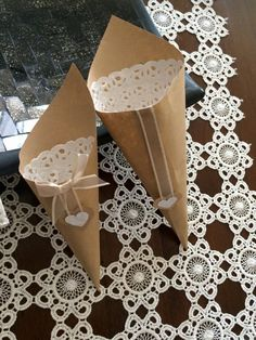 Conetti portariso 2,00 euro #wedding http://www.emozionilucianaelegir.com/
