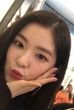 ⋮𝙙𝙤𝙧𝙠𝙮𝙡𝙪𝙫 Seulgi, Red Velvet アイリーン, Red Velvet Irene, Korean Girl, Asian Girl, My Girl, Cool Girl, Snsd, Yoona
