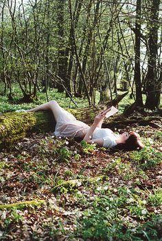 Reading in the forest.. #teatime http://www.facebook.com/CelestialSeasonings/app_593554104036964