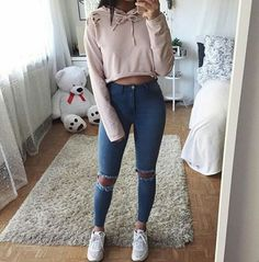 Superior Casual Fall Outfits You Need to The police officer This Saturday and sunday. Get encouraged with these. casual fall outfits for women Tumblr Outfits, Mode Outfits, Tumblr Clothes, Girl Outfits, Teen Fashion, Fashion Clothes, Fashion Outfits, Fall Clothes, College Fashion