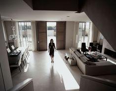BEACH HOUSE – JOAN LAO