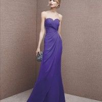 Mermaid-style dress in draped gauze with sweetheart neckline. Purple Evening Dress, Purple Gowns, Chiffon Evening Dresses, Purple Dress, Strapless Dress Formal, Evening Gowns, Deb Dresses, Prom Dresses 2017, Bridesmaid Dresses