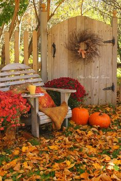 6 Planting An Fall Garden With Amazing Ideas You might feel sad to understand your garden at fall once the bright-colored flowers of summer are already gone. The main reason is there are all thos.