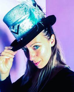 FUTURA HATS - Burning manHeadpieceMad hatter | Etsy Costume Hats, Cosplay Costumes, Halloween Costumes, Festival Hats, Alice In Wonderland Costume, Steampunk Hat, Boho Hat, Fantasy Costumes, Gothic Wedding