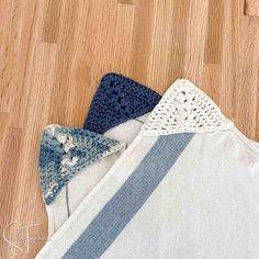 Easy Kitchen Towel Topper Crochet Pattern Crochet Dish Towel | Etsy Crochet Triangle, Double Crochet, Single Crochet, Easy Crochet, Crochet Lace, Free Crochet, Crochet Dish Towels, Crochet Towel Topper, Crochet Kitchen Towels