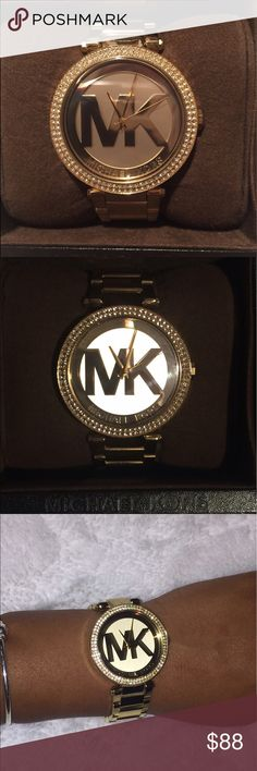 Gold, slightly worn, Michael Kors watch Gold MK watch, slightly worn. Fitted to a s/m female wrist. No extra links. Original box included. Michael Kors Jewelry