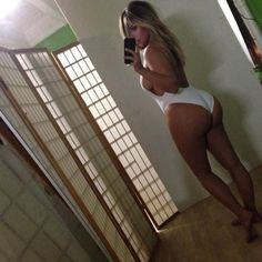 The most terrible Kim Kardashian Selfies on the Web