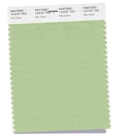 PANTONE 14-0121 Nile Green Tranquilo y sereno, Nile Green es un verde claro y ligero que aporta un soplo de aire fresco a la paleta, y que funciona como base serena para una gran variedad de tonos en la paleta de Primavera 2018