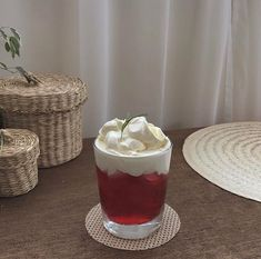 Colorful Drinks, Cute Desserts, Bakery Cafe, Cafe Food, Vintage Recipes, Aesthetic Food, Food Cravings, Food And Drink, Red Drink