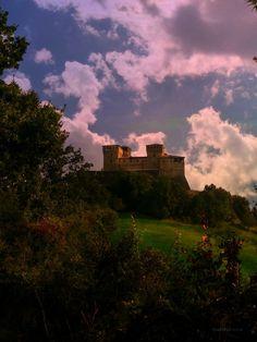 CASTELLO Di TORRECHIARA - Primavera