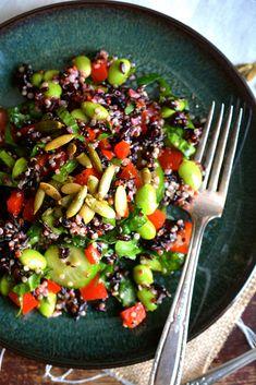 Quinoa, Edamame & Black Rice Salad Picky Toddler Meals, Toddler Dinners, Toddler Lunches, Quinoa Salad Recipes Cold, Black Rice Salad, Quinoa Benefits, Vegetarian Kids, Warm Salad, Toasted Pumpkin Seeds