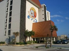 Sun Viking Lodge, Daytona Beach, FL.  The ONLY place we stay when in Daytona.  Great family-friendly lodge, kids love the water slide and playing Bingo with the walker-crowd