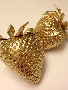 #gold #strawberries