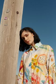 Melbourne based label HEW CLOTHING 'Faces' a sustainable collection made with organic blends certified by GOTS. Pretty Outfits, Cute Outfits, Pretty Clothes, Melbourne, Cute Girl Wallpaper, Urban Looks, Dress Out, Fall Shirts, Fashion Photography