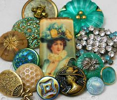 "Vintage Metal Vtg Glass Rhinestone Artisan Glass""Victorian Lady"" Button 