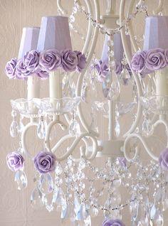 A Vintage Room   5-Light Antique White Chandelier with Lavender Rose Shades