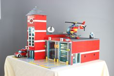 The Brickset Builders Guild - share your MOCs here! - Page 50 — Brickset Forum Lego Guns, Lego Fire, City Layout, Lego Photography, City Architecture, Lego Building, Lego Ideas, Everyday Objects, Legos