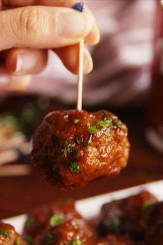Pepper Meatballs You'll be licking the sauce spoon, it's so good. Meatball Recipes, Meat Recipes, Appetizer Recipes, Crockpot Recipes, Cooking Recipes, Hamburger Recipes, Recipies, Dinner Recipes, Dinner Ideas